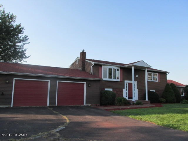 22 Long View Dr, Bloomsburg