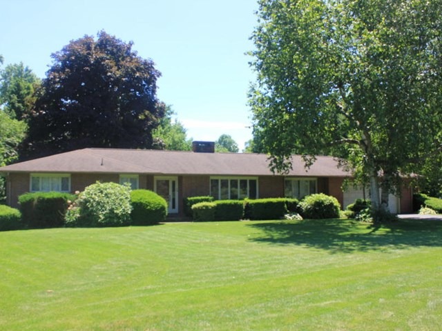 160 Mill Rd, Selinsgrove